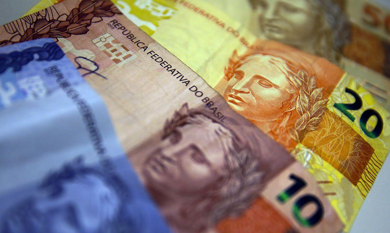 ipea-diz-que-investimentos-tem-queda-de-18%-em-abril