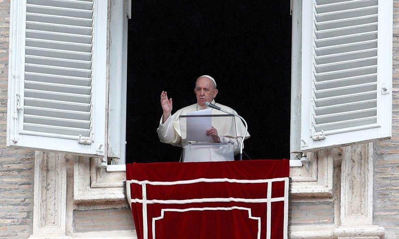 papa-francisco-passa-por-cirurgia-e-reage-bem-aprocedimento