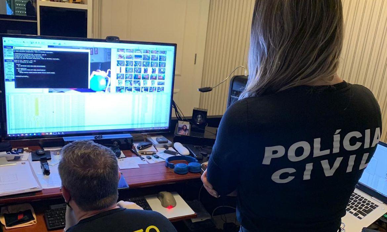 policia-civil-realiza-operacao-para-combater-a-pedofilia-no-rio
