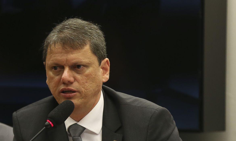 com-desagio-de-8%,-consorcio-via-brasil-vence-leilao-da-br-163/230
