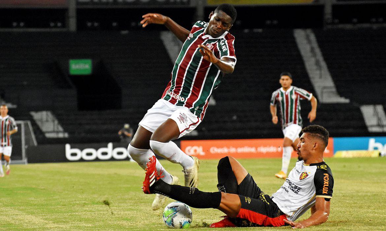 brasileiro:-sport-recebe-fluminense-na-ilha-do-retiro