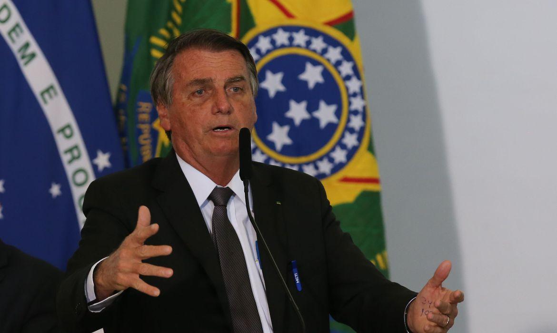 bolsonaro-sanciona-mp-da-eletrobras-com-14-vetos