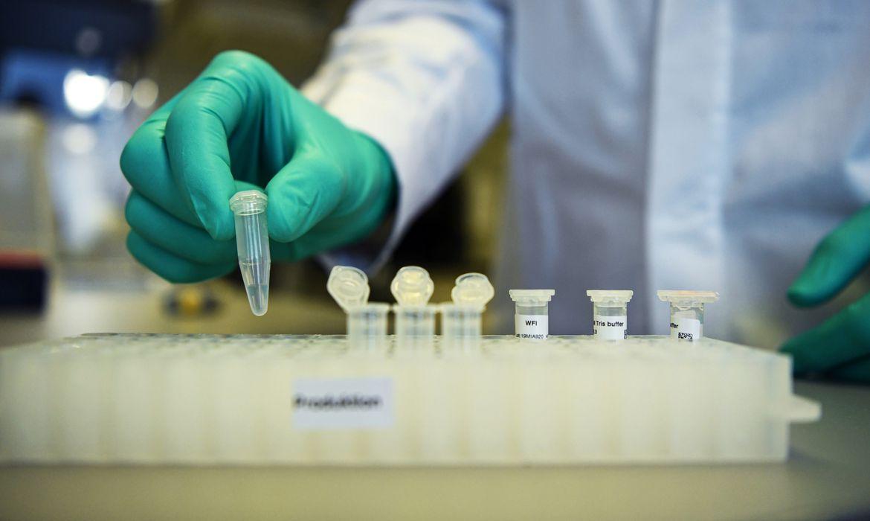 covid-19:-anvisa-libera-testes-clinicos-para-duas-novas-vacinas