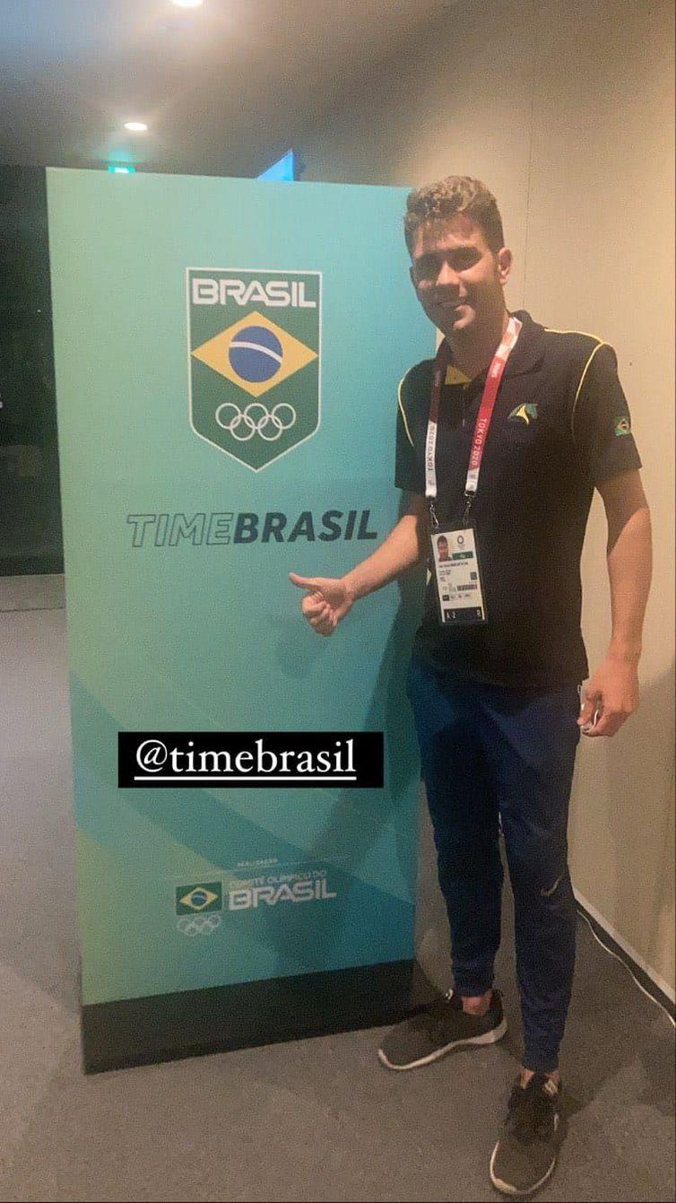olimpiada:-joao-victor-oliva-e-o-primeiro-brasileiro-na-vila-olimpica