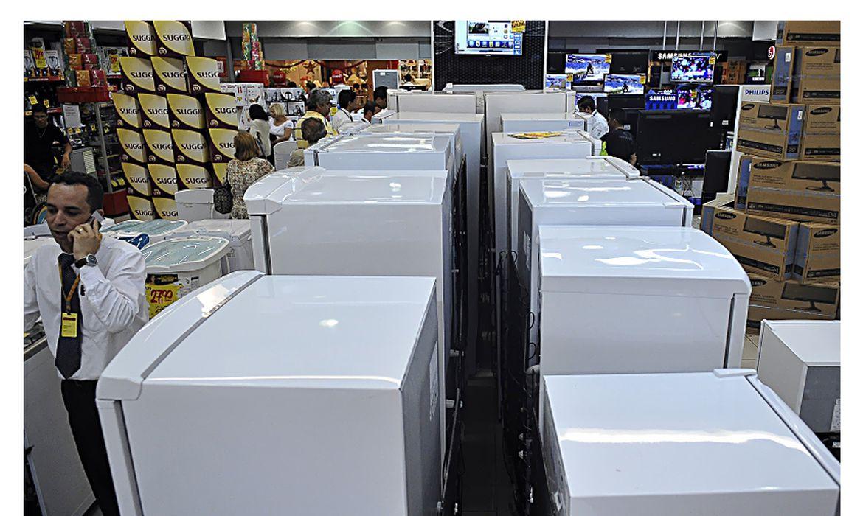 vendas-no-comercio-crescem-10,1%-no-primeiro-semestre,-diz-serasa