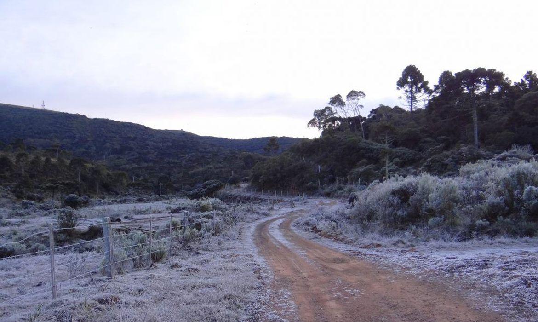 massa-de-ar-polar-seca-provocou-neve-e-geada-no-sul