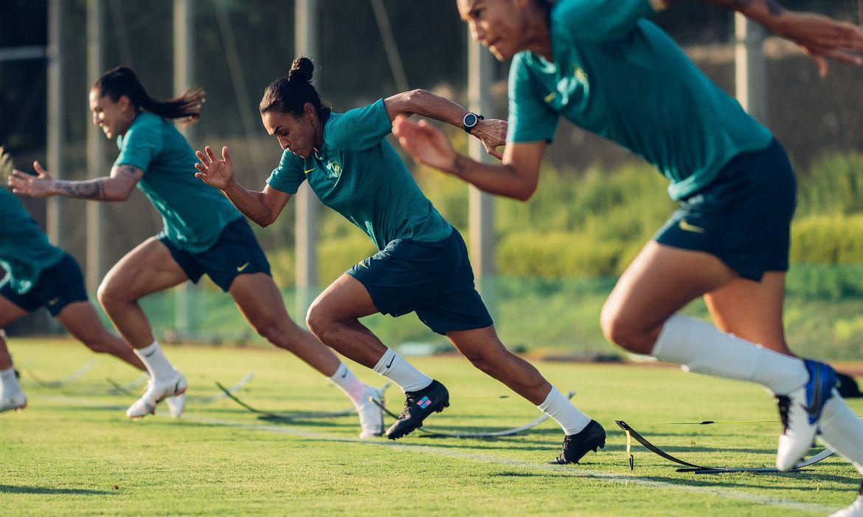 brasil-estreia-nos-jogos-de-toquio-com-selecao-de-futebol-feminino