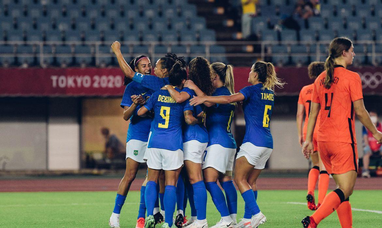 em-jogo-de-seis-gols,-brasil-e-holanda-empatam-no-futebol-feminino