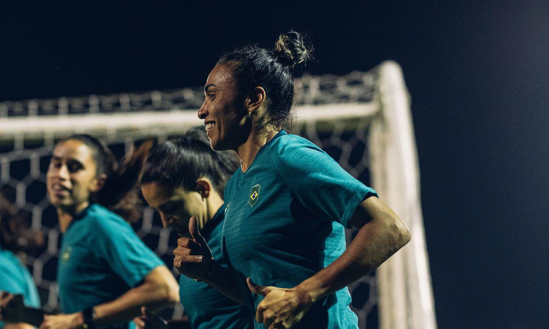 mirando-lideranca-do-grupo,-selecao-feminina-pega-zambia-na-olimpiada