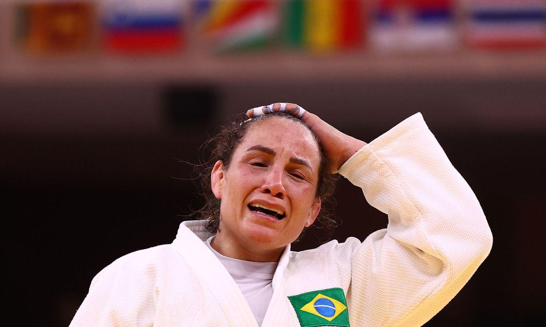 em-combate-mais-longo-da-olimpiada,-portela-e-eliminada-com-polemica