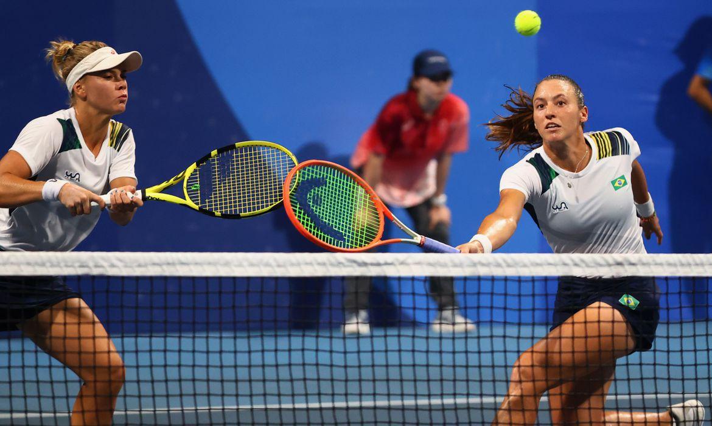toquio:-dupla-brasileira-perde-para-suicas-e-buscara-bronze-no-tenis