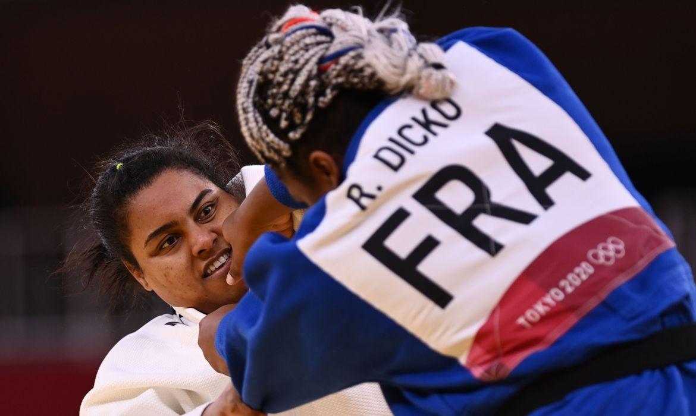 maria-suelen-se-machuca-e-perde-nas-quartas-de-final-do-judo-de-toquio