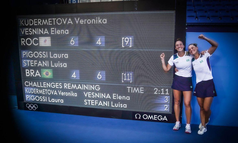 dupla-feminina-ganha-medalha-olimpica-inedita-para-tenis-brasileiro