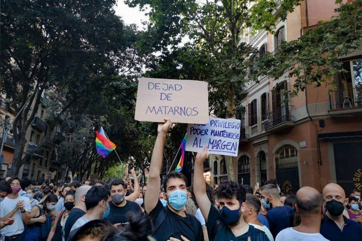 Espanhóis protestam contra assassinato de jovem nascido no Brasil