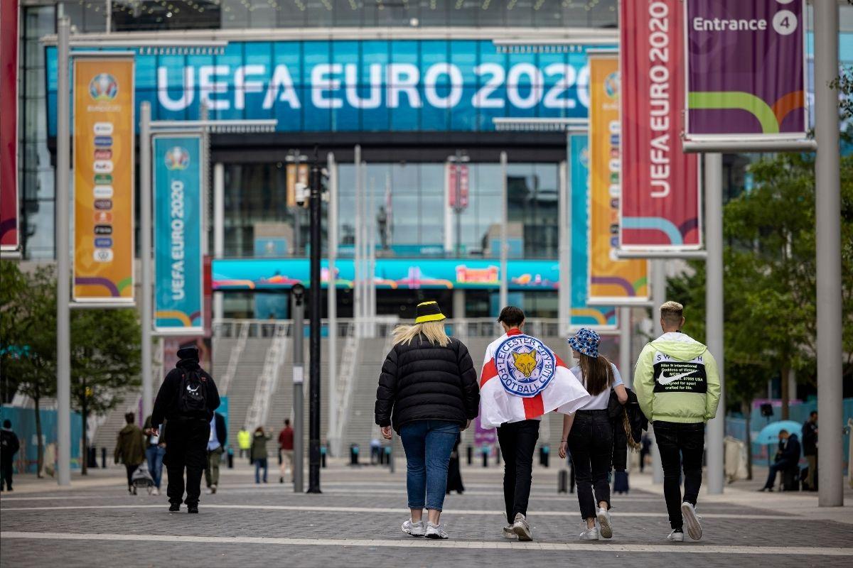 Eurocopa Itália vence Espanha nos pênaltis e vai à final do torneio