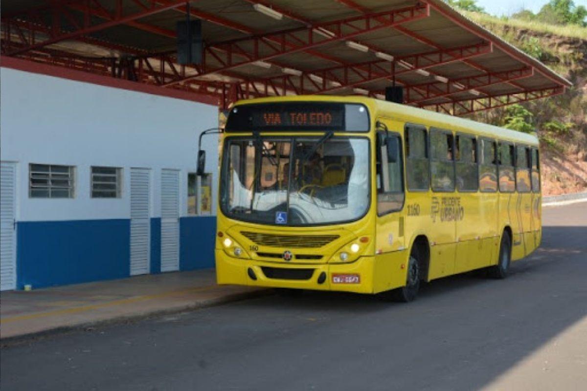 Greve no transporte coletivo de Presidente Prudente completa 20 dias