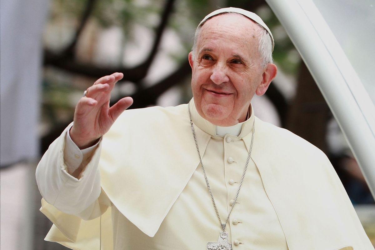 Papa Francisco e a sagrada cruzada anticomunista