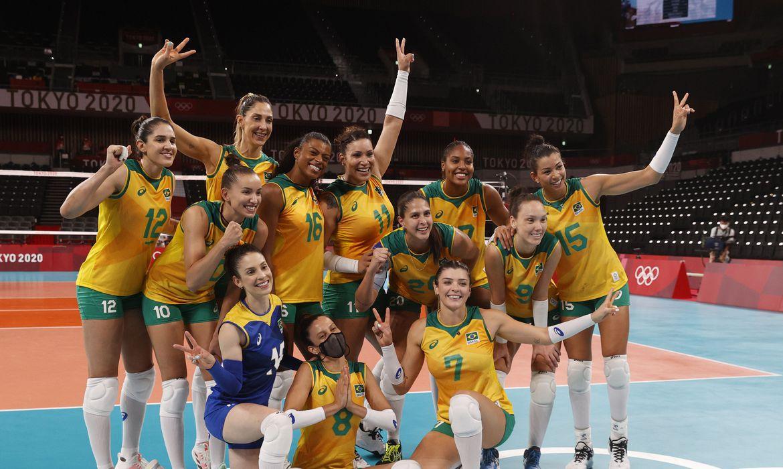 volei:-brasil-vence-quenia-e-pega-o-comite-russo-nas-quartas-em-toquio