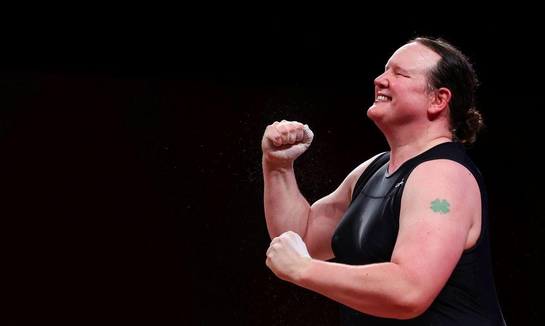neozelandesa-faz-historia-como-primeira-atleta-olimpica-transgenero