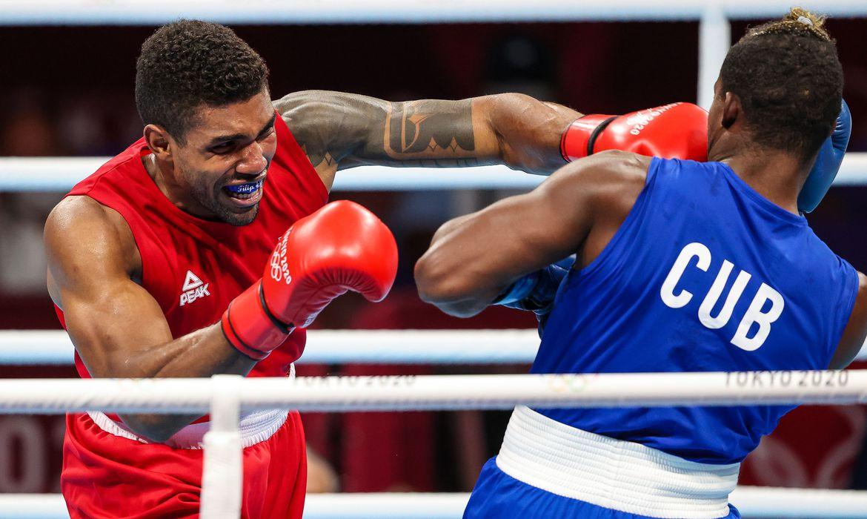 abner-fatura-1o-bronze-no-boxe;-bia-vence-e-avanca-a-semi-em-toquio