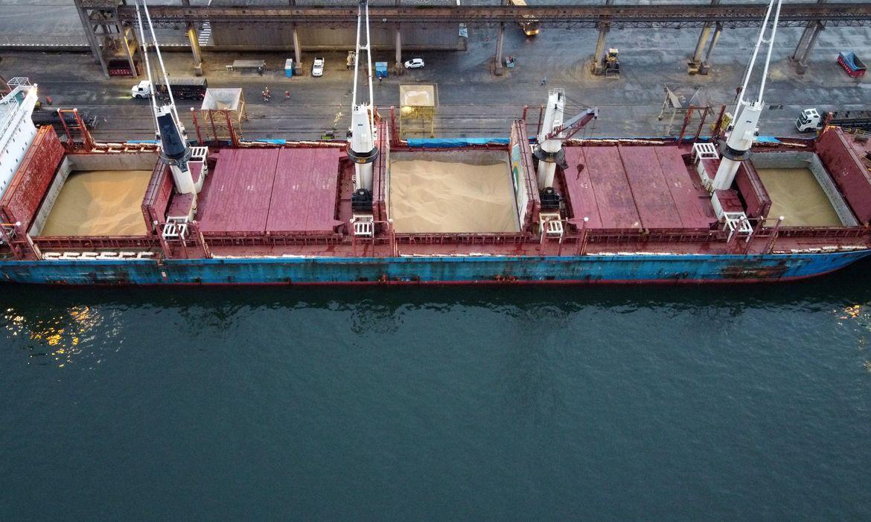 covid-19:-embarcacoes-sao-isoladas-apos-tripulacao-testar-positivo