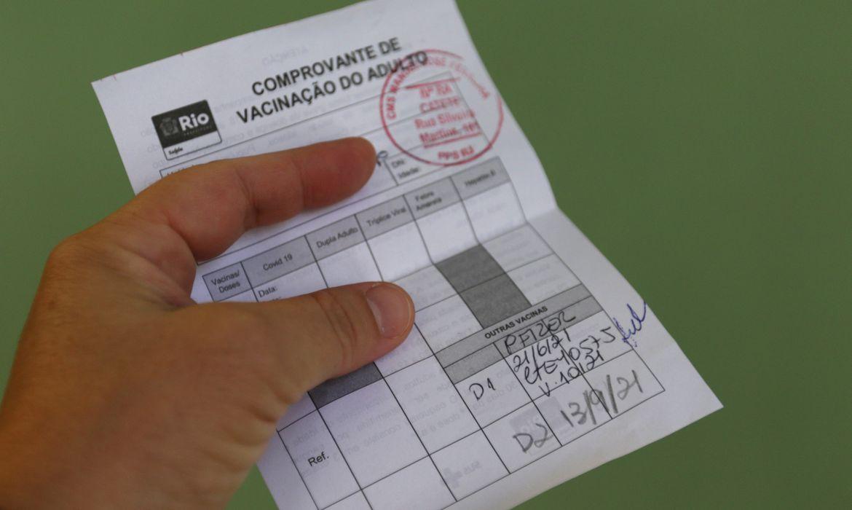 covid-19:-rio-pede-que-empresas-liberem-funcionarios-para-vacinar