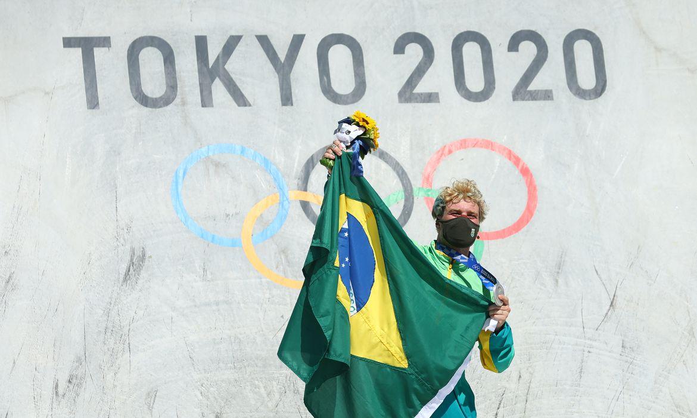 pedro-barros-conquista-prata-no-skate-park-da-olimpiada