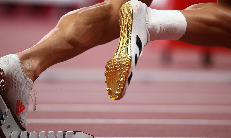 recordes-caem-e-geram-debates-sobre-novos-tenis-no-atletismo-em-toquio