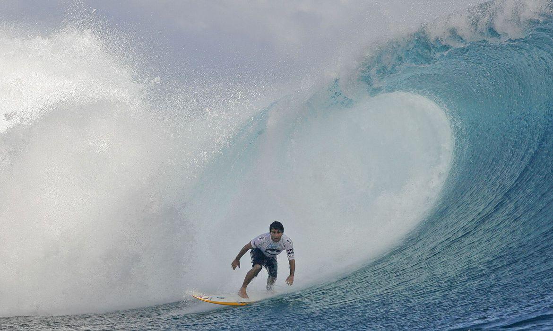 covid-19:-ultima-etapa-do-mundial-de-surfe-no-taiti-e-cancelada