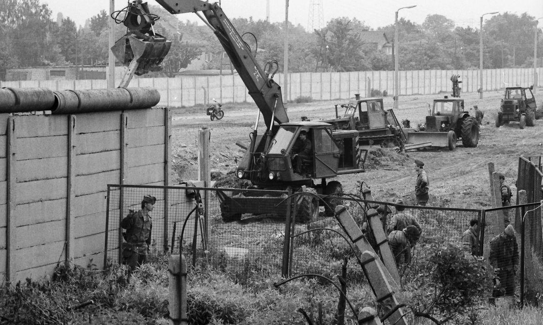 ha-60-anos-era-erguido-o-muro-de-berlim,-simbolo-da-guerra-fria