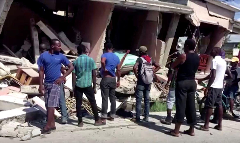 haiti:-tempestade-diminui-esperanca-de-encontrar-sobreviventes