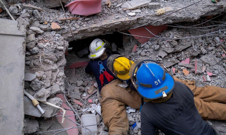 numero-de-mortos-em-terremoto-no-haiti-sobe-para-quase-2-mil