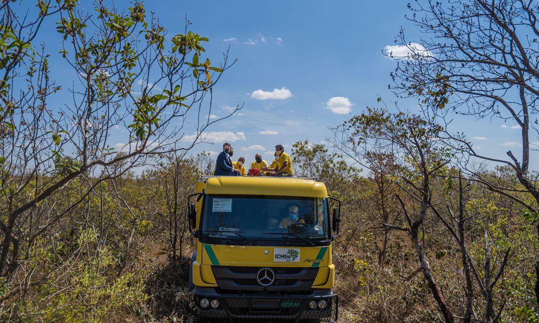 caminhoes-bombeiros-vao-combater-incendios-em-unidades-de-conservacao