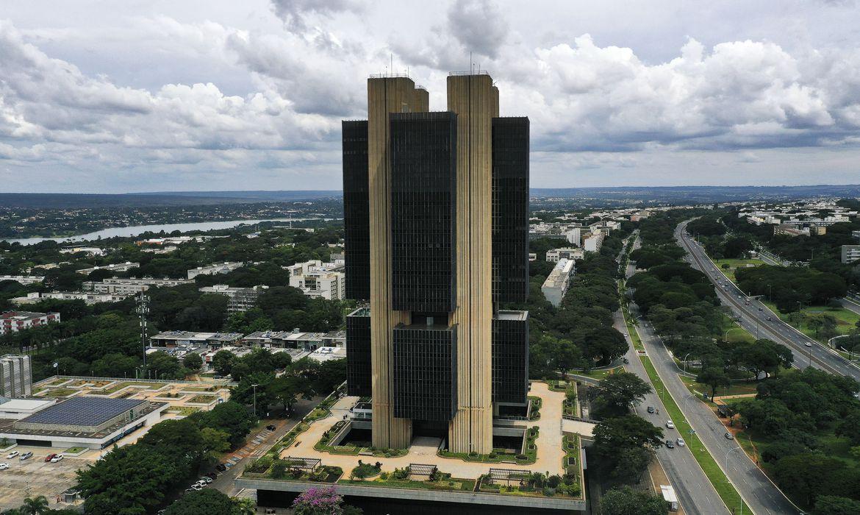 mercado-financeiro-eleva-projecao-da-inflacao-para-7,11%-este-ano