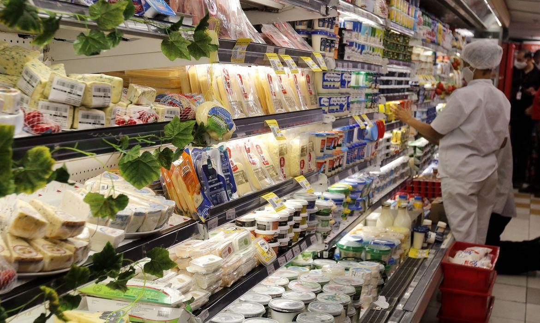 indice-de-consumo-das-familias-cresce-2,1%-em-agosto
