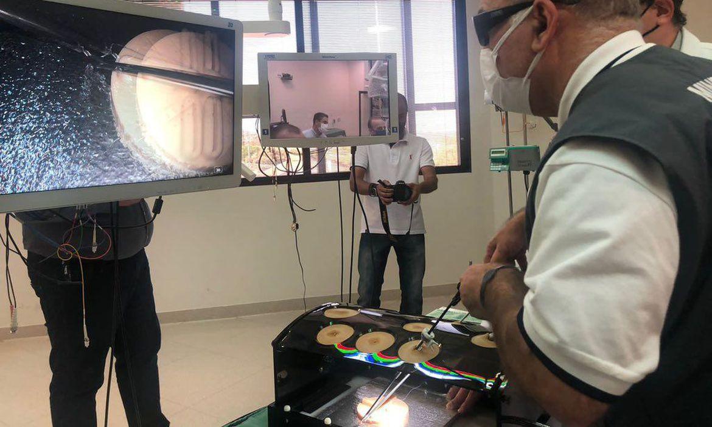 queiroga-anuncia-em-sao-paulo-verba-para-equipamentos-de-radioterapia