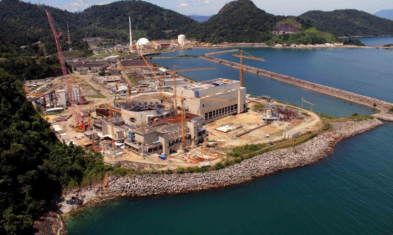 brasil-vive-consolidacao-da-energia-nuclear,-diz-bento-albuquerque