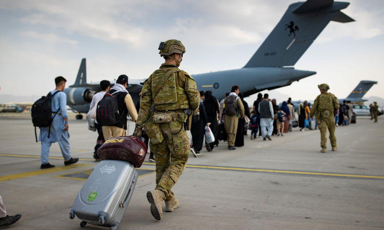 pentagono-confirma-explosao-no-aeroporto-de-cabul