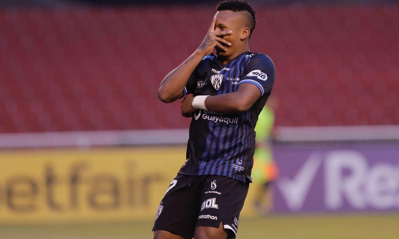vasco-anuncia-a-contratacao-do-atacante-equatoriano-jhon-sanchez