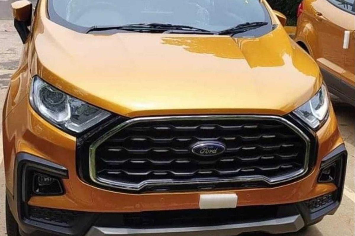 Atualização do Ford Ecosport aparece sem camuflagem