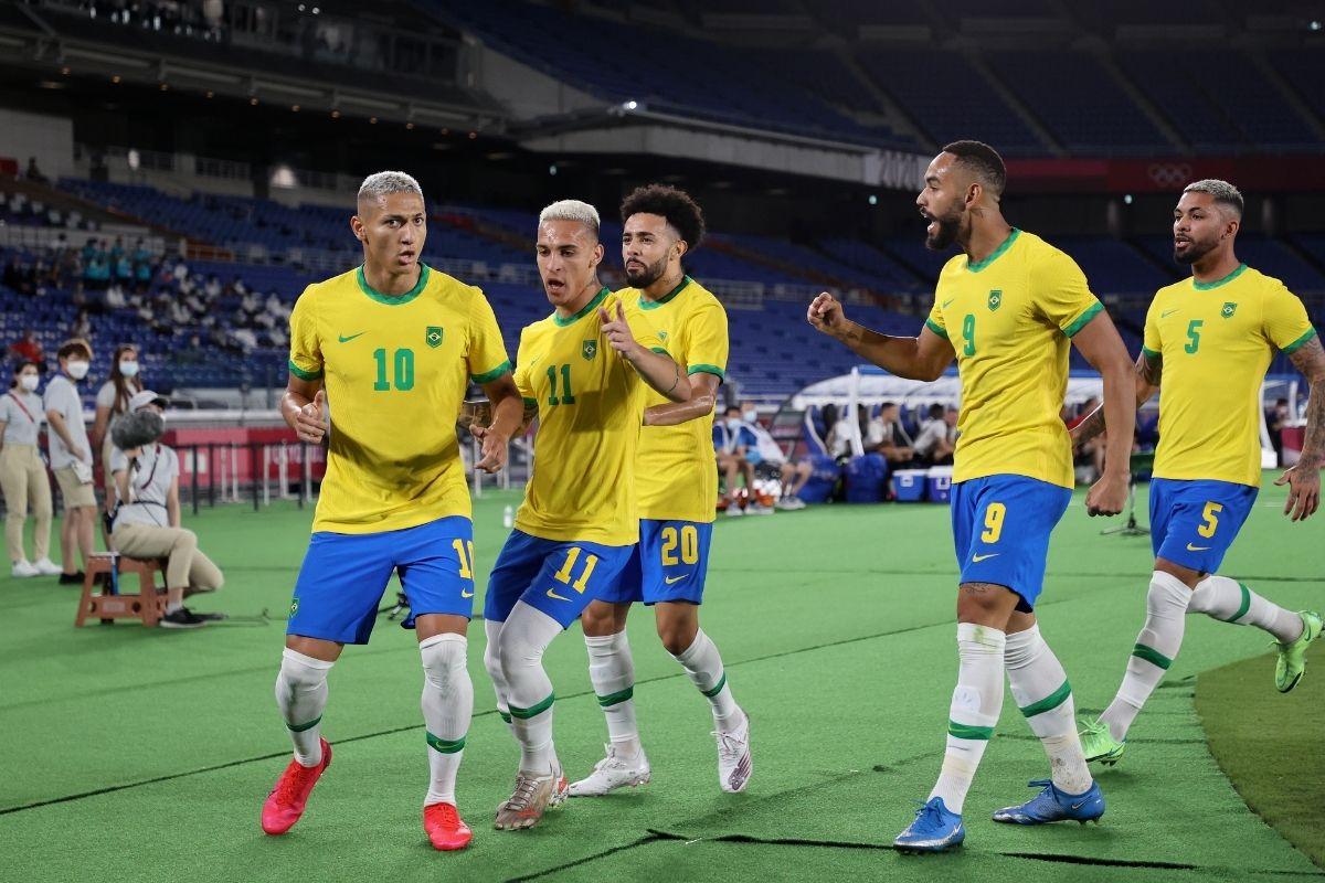 Brasil encara México na semifinal do futebol em Tóquio