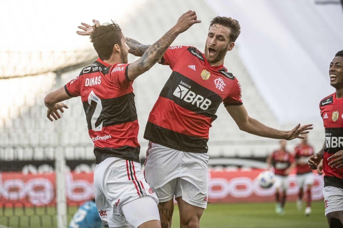 flamengo-vence-gremio-e-avanca-para-semifinal-da-copa-do-brasil