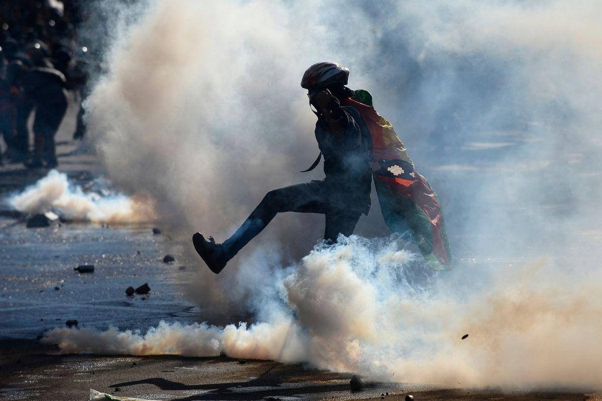 Forças Armadas e crises políticas na América Latina