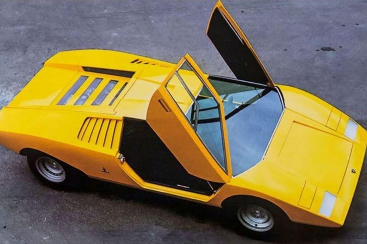 O Lamborghini Countach está de volta!