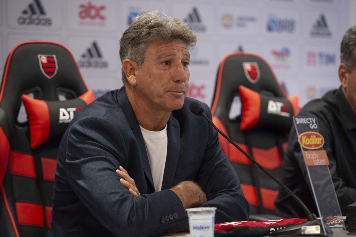 Renato Gaúcho tranquiliza torcida do Flamengo após goleada