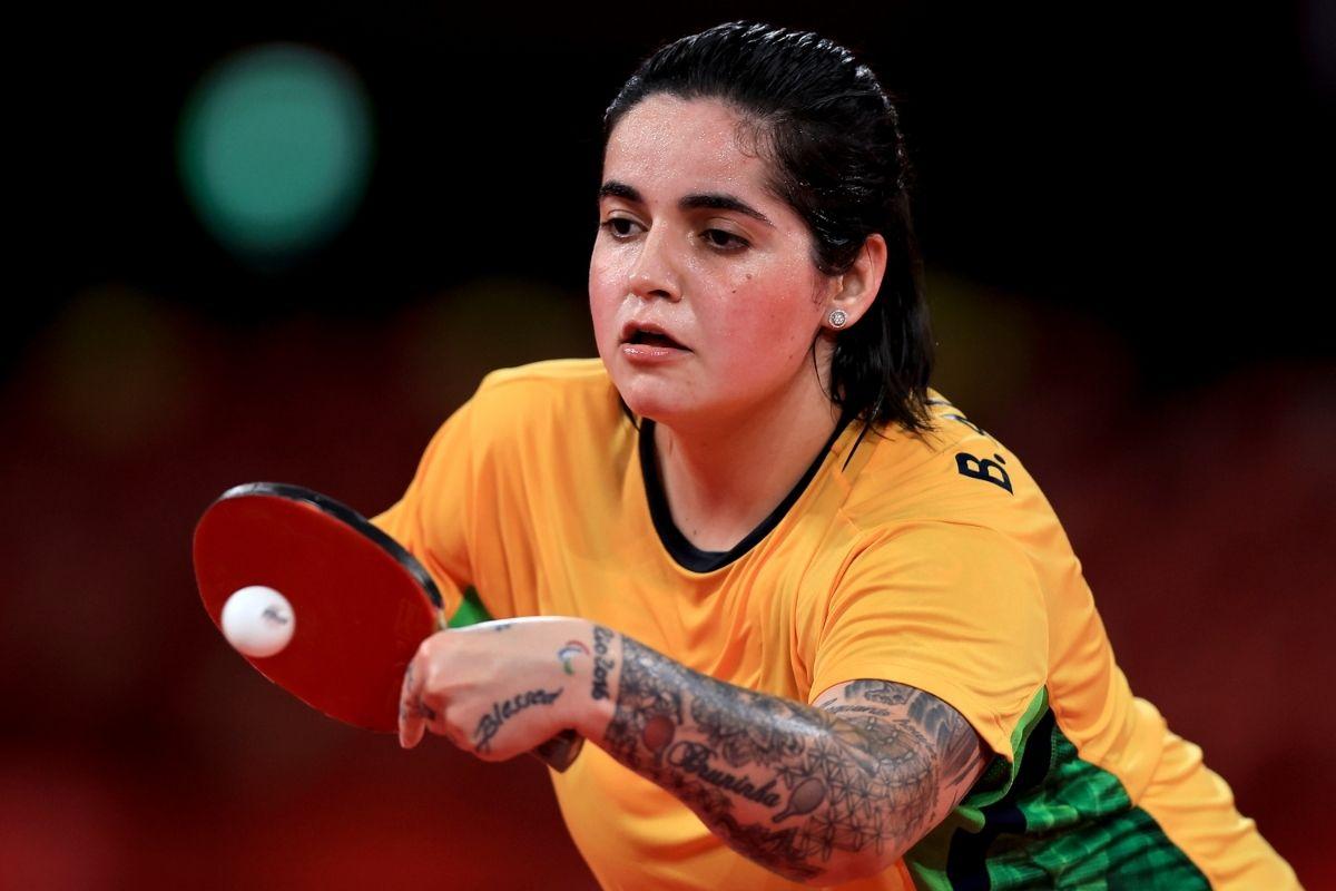 tenis-de-mesa-bruna-alexandre-e-prata-apos-jogo-duro-com-australiana