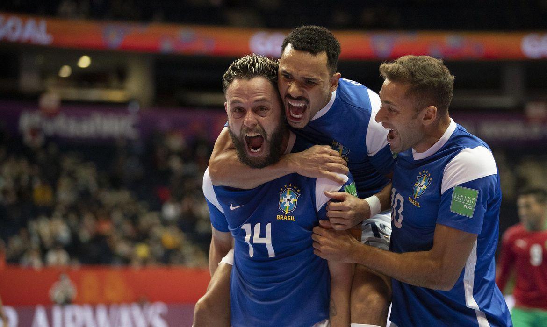 brasil-derrota-o-marrocos-e-vai-a-semifinal-da-copa-do-mundo-de-futsal