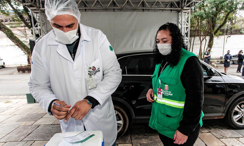 sp:-parques-e-farmacias-estao-abertos-para-vacinacao