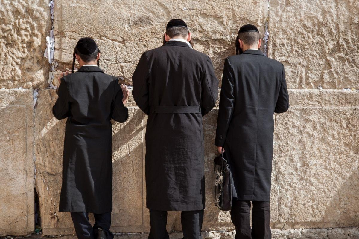 ano-novo-judaico-e-comemoradohoje,-a-partir-do-por-do-sol