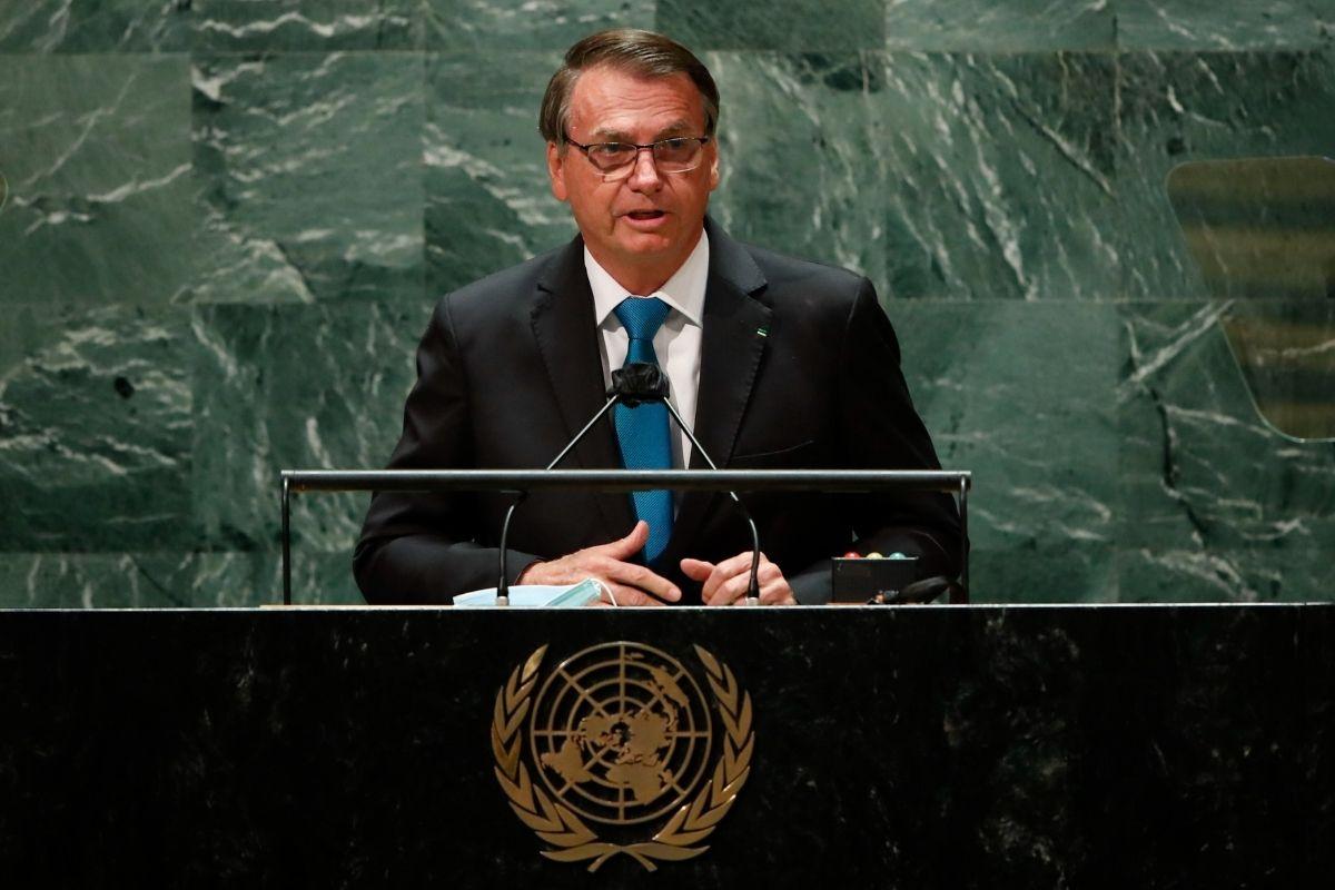 Bolsonaro afirma que brasileiros receberam auxílio emergencial de US$ 800 em discurso na ONU